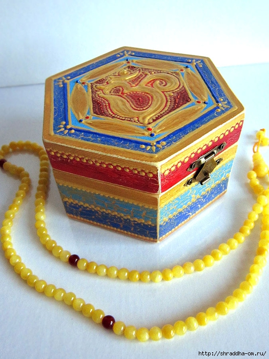 шкатулка Холотой ОМ, автор Shraddha (1) (525x700, 298Kb)