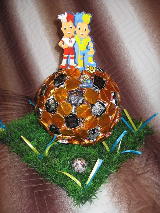 конфетный мяч (1) (525x700, 350Kb)
