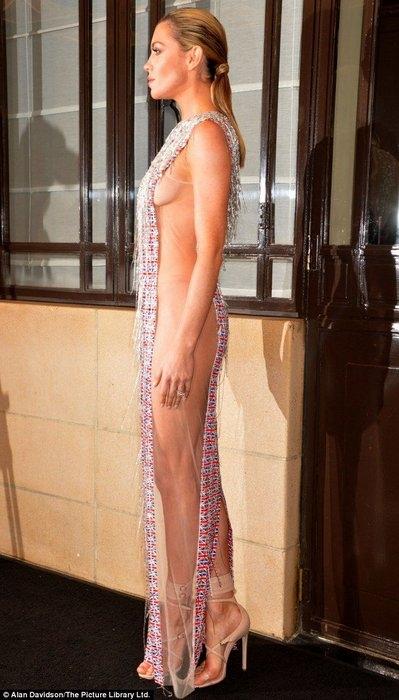 экстравагантное платье фото 4 (399x700, 163Kb)