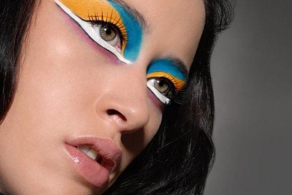 Makeup-3 (600x401, 90Kb)