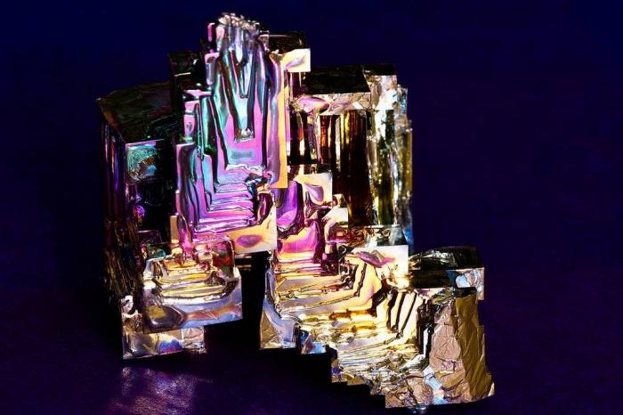 кристалы висмута 9 (700x466, 321Kb)
