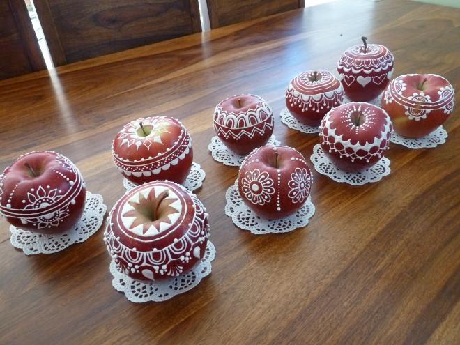 Ажурные яблочки к Рождеству. Очень красиво) (12) (660x495, 194Kb)