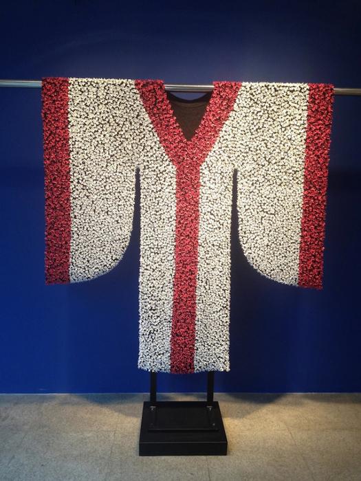 платья из фарфоровых бабочек 3 (525x700, 399Kb)