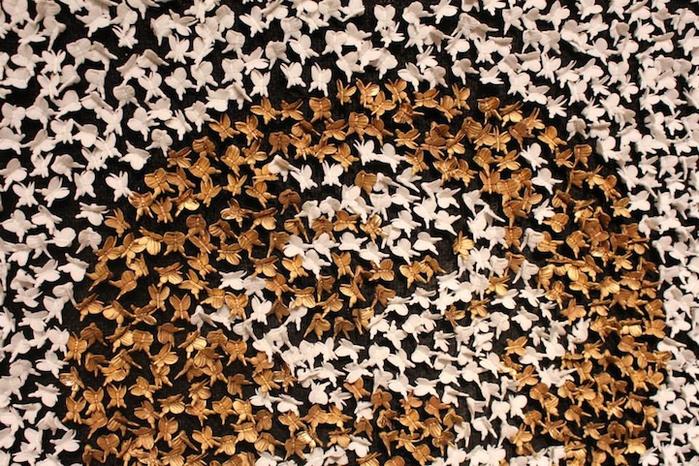 платья из фарфоровых бабочек 10 (700x466, 559Kb)