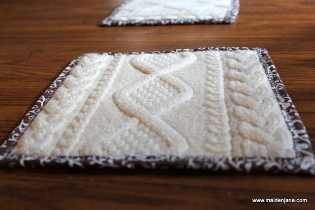 Подставки под горячее и подушка из старого свитера (15) (640x427, 144Kb)