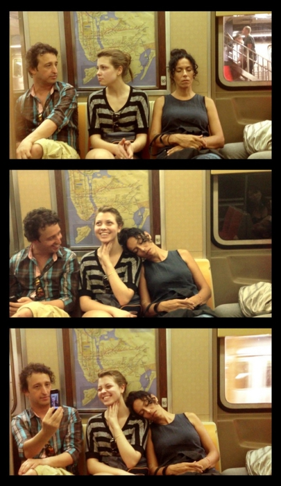 спящие в метро фото 3 (405x700, 209Kb)