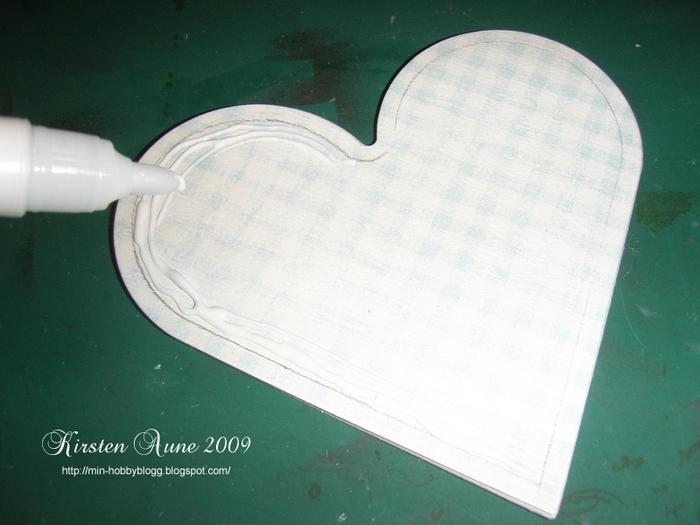 caja en forma de corazón con las manos (9) (700x525, 229Kb)