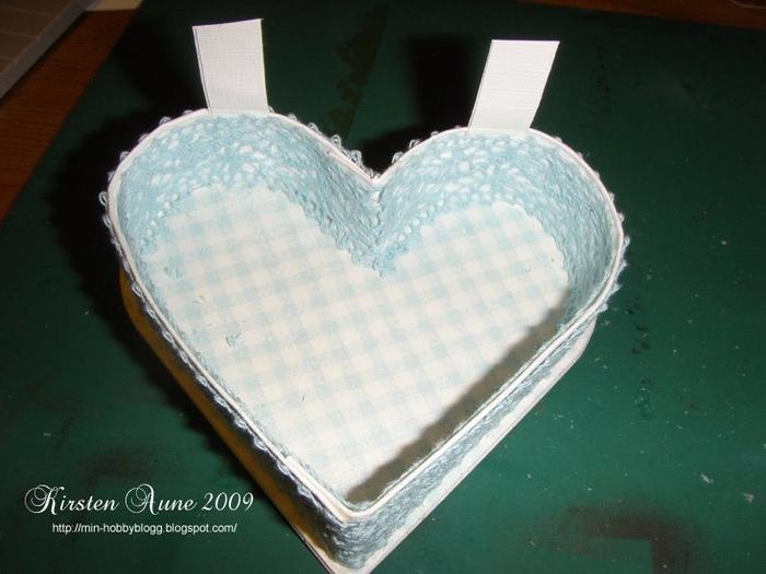 caja en forma de corazón con las manos (13) (700x525, 214Kb)