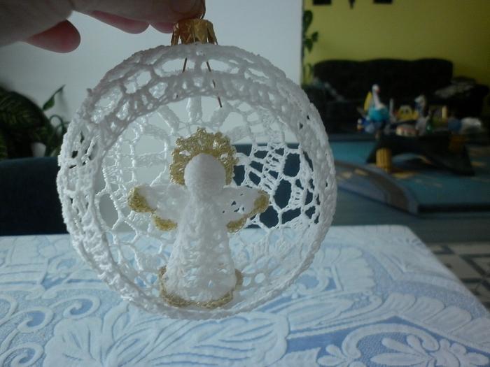 Рождественские ангелы крючком (35) (700x525, 240Kb)