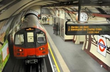 Лондонское метро (380x250, 41Kb)