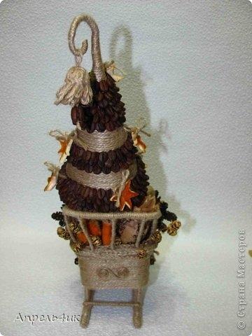 Санки, снеговик и елочка из джута и кофейных зерен. Мастер-класс (4) (360x480, 91Kb)
