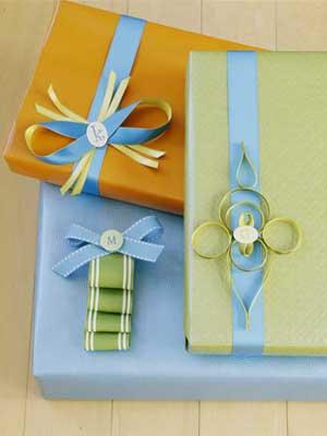 подарок (300x400, 10Kb)