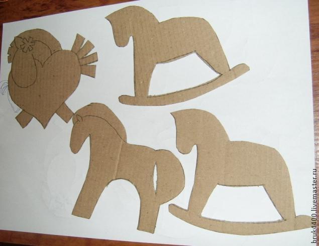 Кофейно-джутовые лошадки - магнитики на холодильник (7) (635x489, 97Kb)