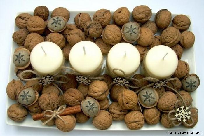 Идеи упаковки новогодних подарков. Шьем мешочки и украшаем их орешками (22) (700x466, 234Kb)