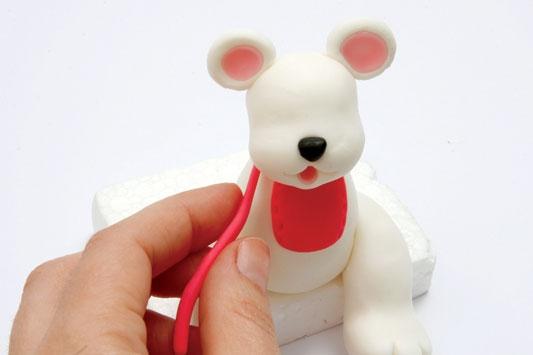 Рождественский венок с мишками из холодного фарфора. Мастер-класс (18) (533x355, 48Kb)