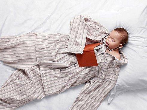 малыш спит (492x369, 43Kb)
