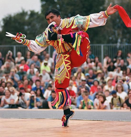 перуанский танец с ножницами фото 1 (550x579, 146Kb)