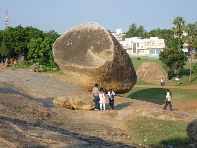 масляный шар кришны в индии 4 (668x501, 214Kb)