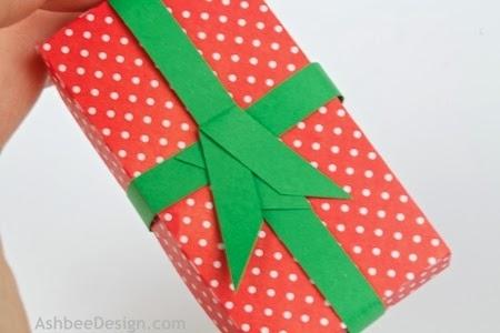 Renos y trineo con los regalos de Navidad de papel.  Plantillas (6) (450x300, 73Kb)
