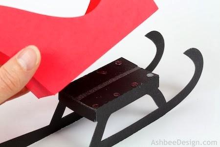 Renos y trineo con los regalos de Navidad de papel.  Plantillas (54) (450x300, 61Kb)