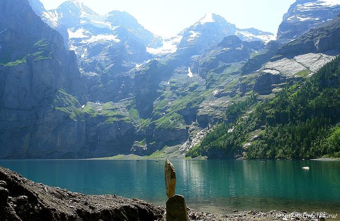 Голубое-голубое горное озеро Öшинен