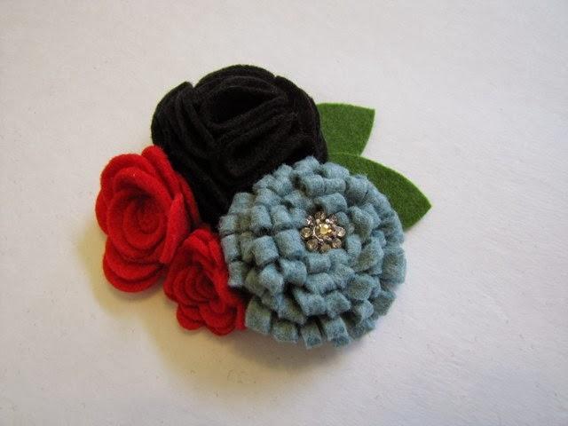 Цветы из фетра - украшение для волос маленькой принцессы (14) (640x480, 106Kb)