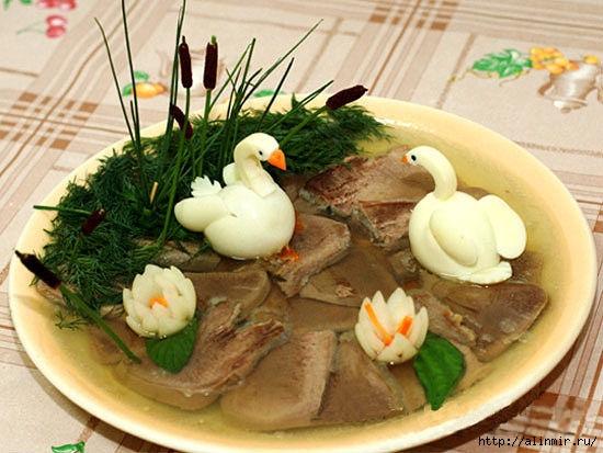блюда украшения заливной язык лебеди (550x413, 166Kb)