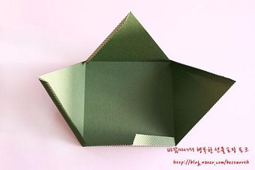 Подарочная упаковка - коробочка пирамида своими руками (9) (500x333, 70Kb)