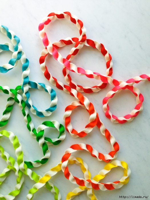 twisted-taffy-felt-garland-600-4-1 (525x700, 287Kb)