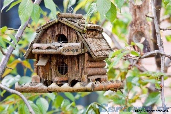 Чем кормить птиц и СКВОРЕЧНИК своими руками (37) (600x399, 166Kb)