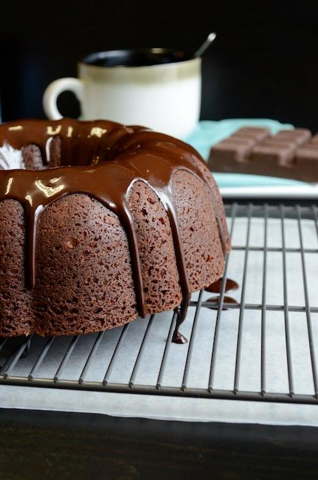 шоколадный кекс с глазурью (1) (465x700, 209Kb)