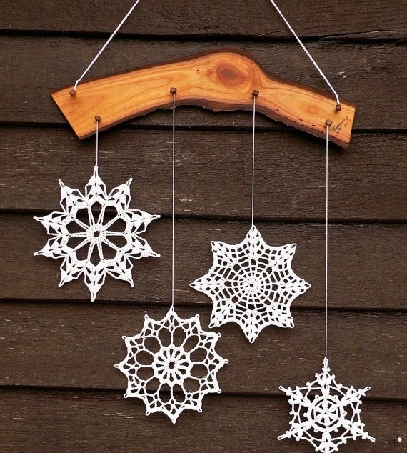 how-to-use-snowflakes-in-winter-decor-ideas-20 (570x634, 275Kb)