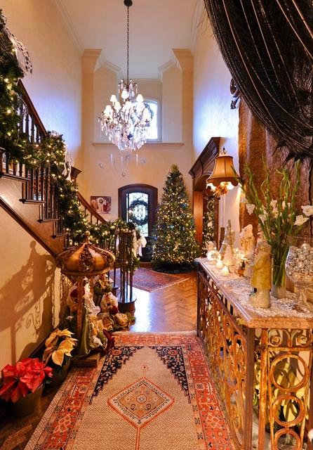 Дизайн интерьера. Потрясающие идеи украшения лестниц к Рождеству (4) (446x640, 304Kb)