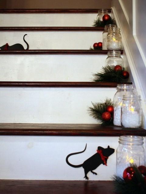 Дизайн интерьера. Потрясающие идеи украшения лестниц к Рождеству (69) (480x640, 148Kb)