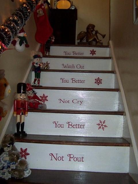 Дизайн интерьера. Потрясающие идеи украшения лестниц к Рождеству (71) (480x640, 161Kb)