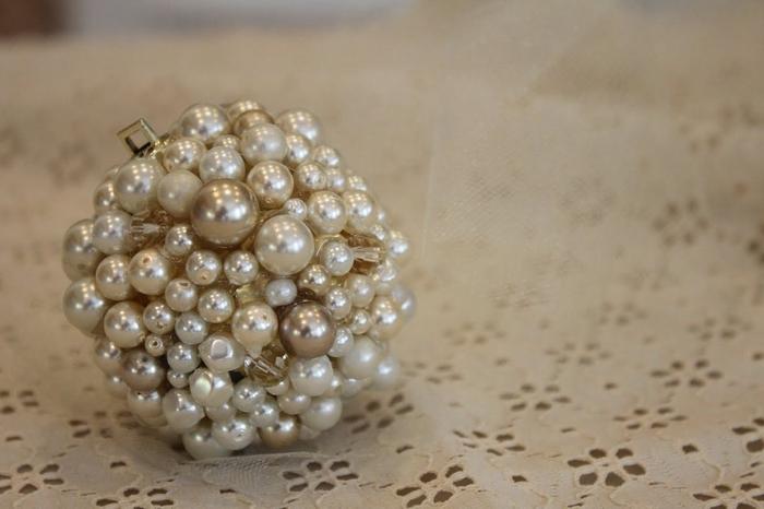 las bolas de Navidad y preciosos árboles de Navidad con perlas y cuentas (52) (700x466, 172Kb)