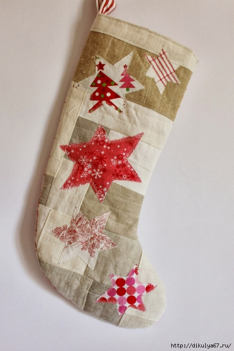 Christmas stocking antique linen patchwork red stars (466x700, 200Kb)