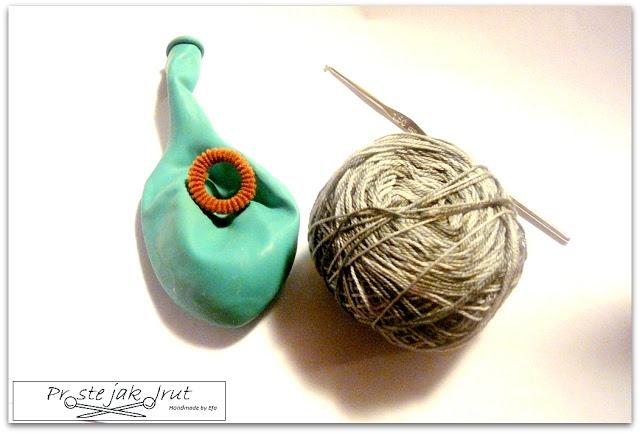 Вязание крючком елочных шаров.