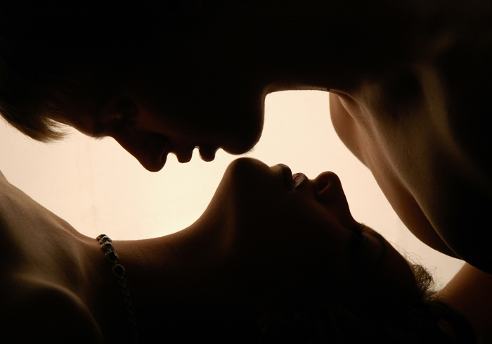 Хочу любви, мне большего не надо...