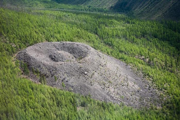 кратер 4 (700x466, 410Kb)