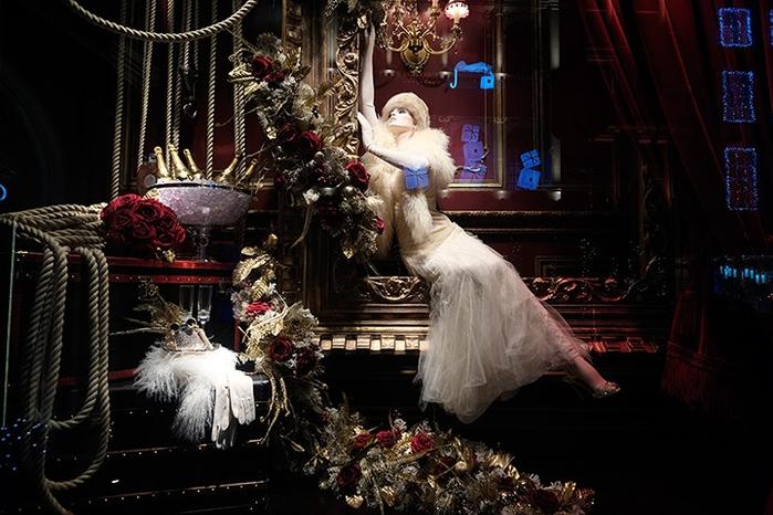 Витрины рождественских магазинов