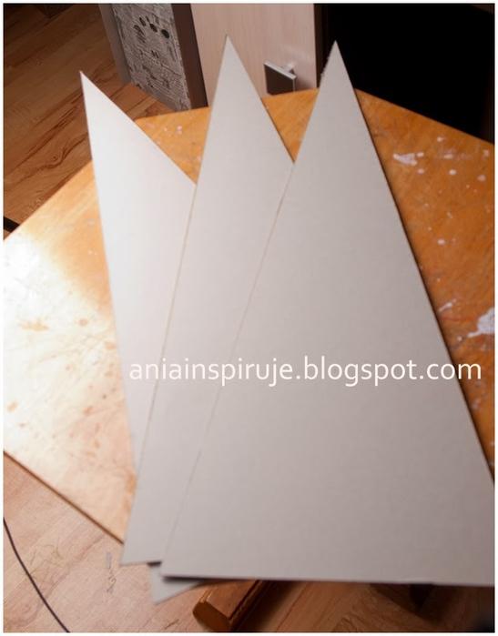 Замечательная елочка на пирамидальной картонной основе. Мастер-класс (5) (547x700, 161Kb)