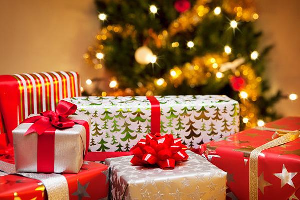 Подарки. (601x401, 151Kb)