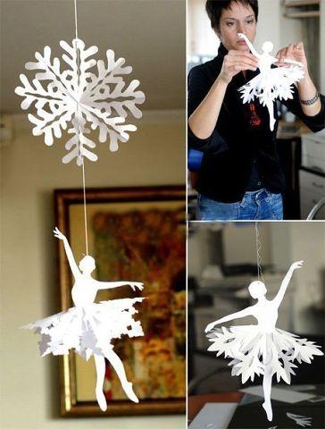 Как вырезать снежинки простую из бумаги своими