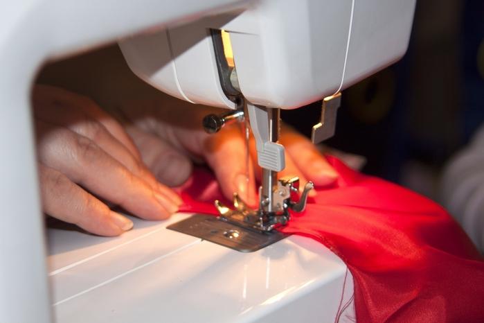 Швейная-машинка-1319627517_61 (700x466, 170Kb)