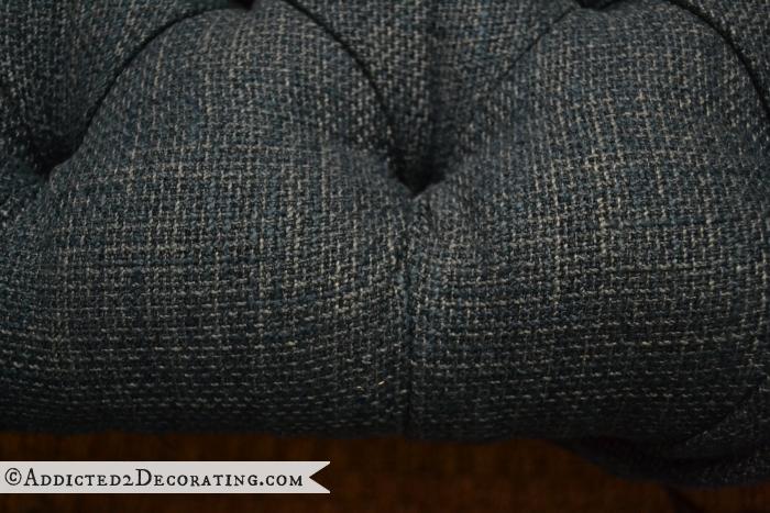 Как сделать мягкое изголовье, пуфик или спинку для стула (22) (700x467, 582Kb)