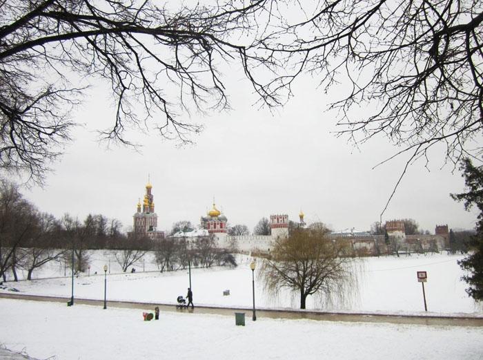 12 Москва Брейгель (700x521, 300Kb)