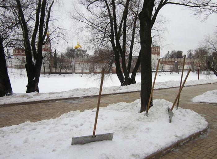 16 Москва Брейгель (700x513, 281Kb)