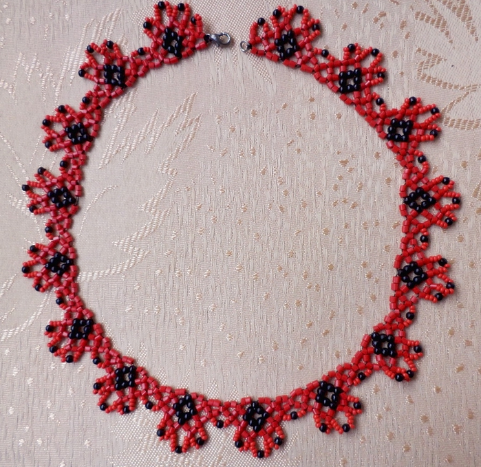 free-beaded-necklace-tutorial-1 (700x679, 427Kb)