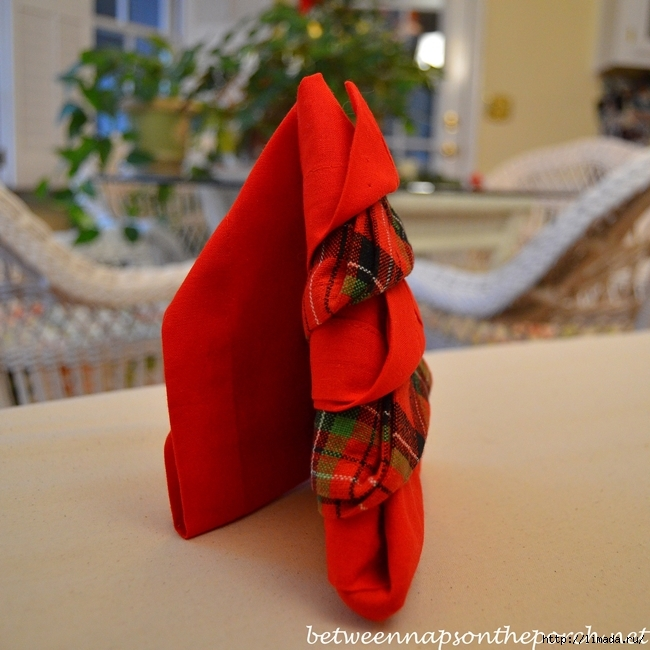 Christmas-Tree-Napkin-Fold-in-Standing-Position_wm (650x650, 276Kb)